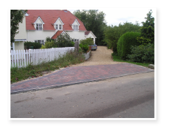 An image of a driveway